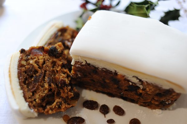 Rich Iced Christmas Cake