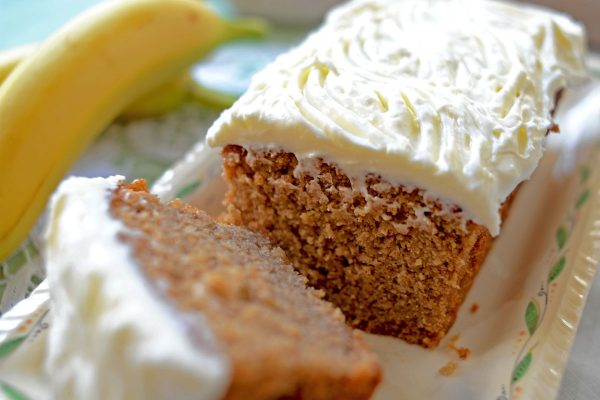 Banana Cake topped with Cream Cheese Icing (V)