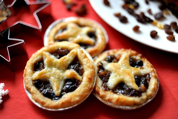 Hand Crafted Mince Pies – 6